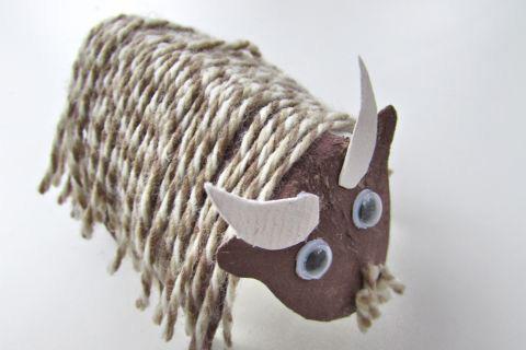 Toilet roll goat